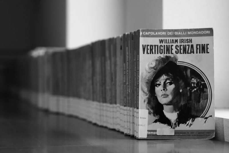 vertigo-book-row
